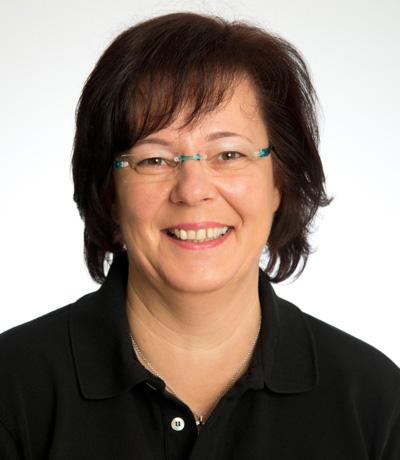 Stefanie Wolf, Management