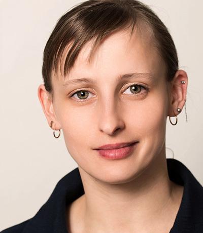 Katsiaryna Frank, Steri