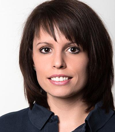 Sarah Pfaff, Callcenter