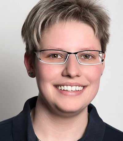 Anika Jonov, MFA
