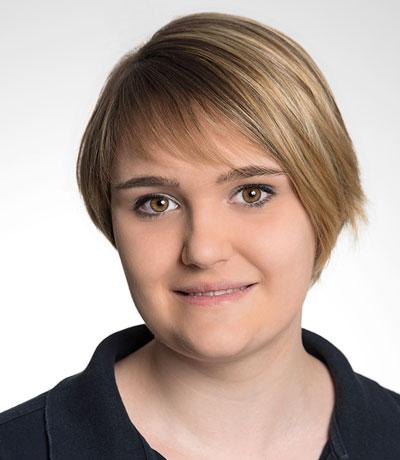 Janina Wallat, MFA