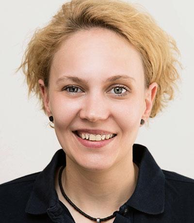 Nina Altschuck, Krankenschwester