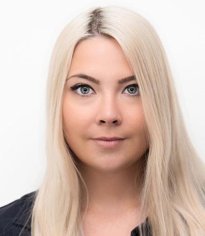Julia Nitsche, MFA
