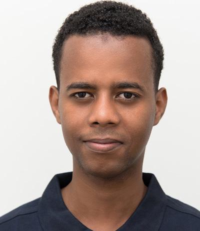 Khalid Ismail, Azubi